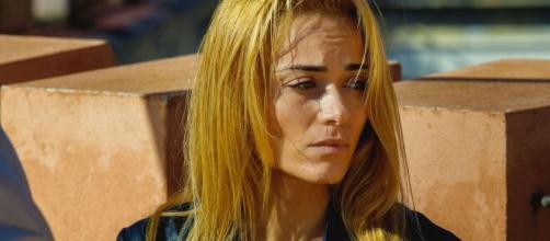 Un Posto al Sole, anticipazioni 19-23 aprile: Jimmy va a Berlino, Clara arrabbiata.
