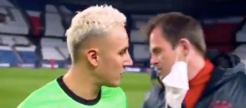 Navas interpelle à la fin de PSG vs Bayern Munich (Capture RMC Sport).