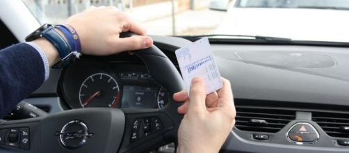 un hombre en Polonia ha intentado obtener fallidamente su carnet de conducir en 192 ocasiones (Silviainiesta / Pixabay)