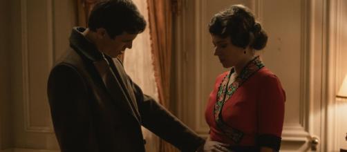 Una vita, spoiler Spagna: Santiago capisce che Genoveva è incinta di suo figlio.