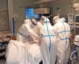 Brasile, un'infermiera denuncia: 'Carenza di farmaci, pazienti intubati da svegli'.