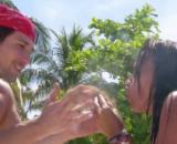 Olga y Gianmarco los primeros en hacer fuego en la isla del pirata Morgan (@supervivientes)