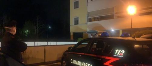 A Casalecchio, avrebbe avvelenato la madre e il suo compagno che è deceduto: 19enne fermato dai carabinieri.