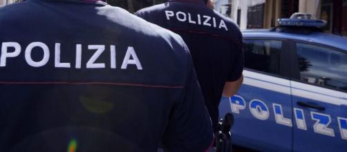 Bologna, ragazzo 19enne avvelena le penne al salmone: ucciso il patrigno, grave la madre