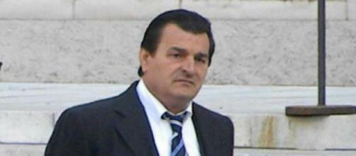 'Ndrangheta, il boss ergastolano Nicolino Grande Alacri ha deciso di collaborare con la giustizia.