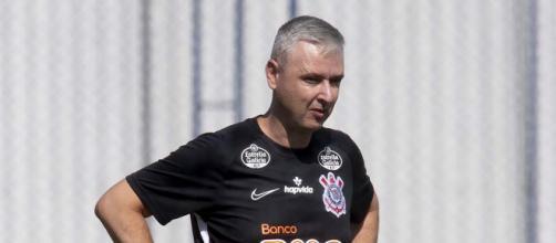 Tiago Nunes é o favorito para assumir o Grêmio (Daniel Augusto Jr/Agência Corinthians)