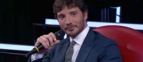 Amici, post quinta puntata serale: Carolyn Smith contro Stefano De Martino e share al 27,6%.