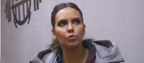 Cristina Pedroche ha dado su opinión acerca del 4M y el PP: 'No quiero que me roben' (Cristina Pedroche por PAPEL / Youtube)