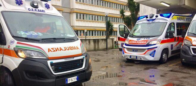 Biella, giovane di 26 anni tenta il suicidio cospargendosi di benzina: gravissimo