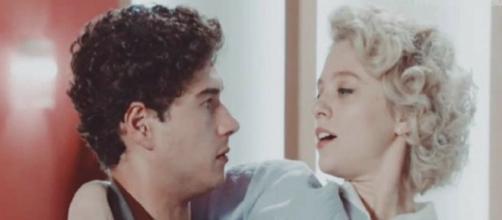 Il Paradiso delle Signore 5, Rocco e Irene si baciano.