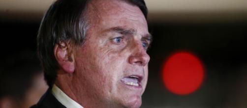 Presidente Jair Bolsonaro falou sobre pandemia e criticou emissora de TV na sua tradicional live de quinta-feira (Arquivo Blasting News)