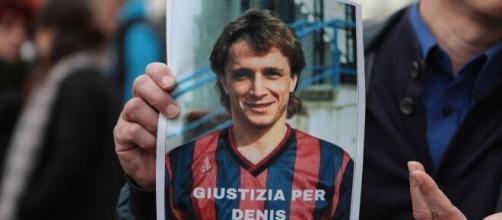 Denis Bergamini, svolta nell'indagine dopo 32 anni dalla morte: chiesto il processo per l'ex fidanzata del calciatore.