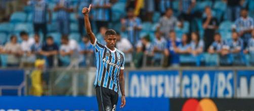 Jean Pyerre deve receber propostas após bom início no Grêmio (Lucas Uebel/Grêmio)