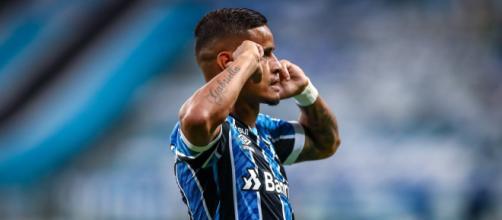 Grêmio trabalha para colocar Everton Cardoso em nova equipe (Lucas Uebel/Grêmio)