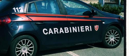 I carabinieri hanno immediatamente rintracciato il presunto feritore.