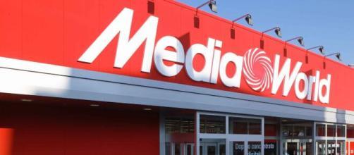 Lavoro Media world: assunzioni per commessi e magazzinieri, invio curriculum online