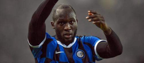 Stefano De Grandis, gaffe su Lukaku: 'Il nero dell'Inter'.