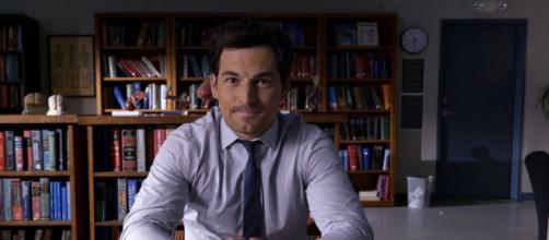 In Grey's Anatomy 17, l'ospedale si riunirà per salutare per sempre Andrew DeLuca.