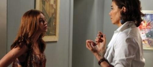 Ísis e Marta em 'Império' (Reprodução/Rede Globo)