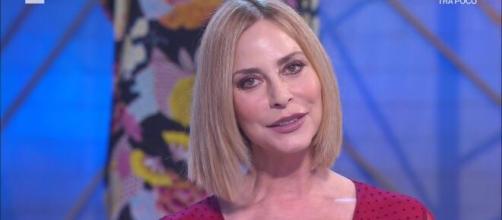 Isola dei Famosi, Stefania Orlando su Valentina: 'Sempre aggressiva e sulla difensiva'.