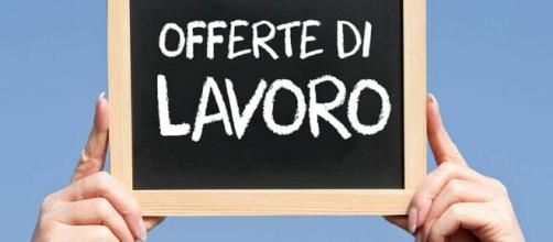 Assunzioni Bartolini per impiegati e account Campania, invio curriculum online.