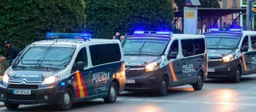 La policía ha descrito que los cacos se valen de si el hilo se rompe o no para entrar a las casas. (Instagram: @emergenciasmurcia)