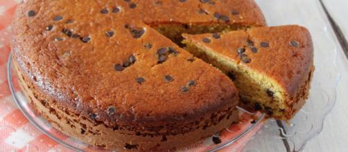Torta ricotta e cioccolato, un dolce gustoso e morbido.