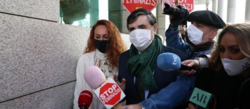Rocío Carrasco acudiendo a los juzgados (Foto Twitter @FormulaTV)