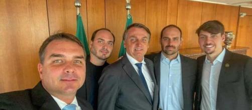 Filhos de Bolsonaro influência no governo federal (Arquivo Blasting News)