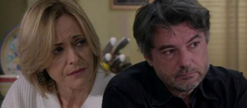 Un posto al sole Silvia (Luisa Amatucci) e Michele (Alberto Rossi).