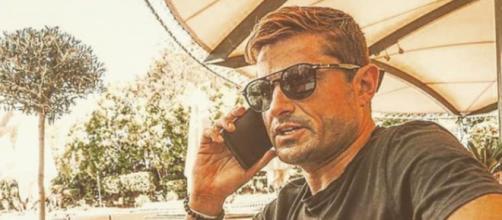 Después de su escándalo amoroso Alfonso Merlos toma medidas para que no se hable de él - (Instagram @alfonsomerlosoficial)