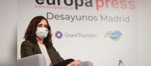 Isabel Díaz Ayuso ha confirmado que se han puesto en contacto con agentes de la vacuna rusa (Twitter @IdiazAyuso)