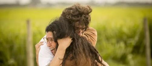 Lurdes e Danilo em 'Amor de Mãe' (Reprodução/Rede Globo)