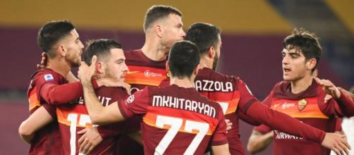 Europa League, probabili formazioni Ajax-Roma: tornano Villar e Ibanez, assenti Smalling e Mkhitaryan.