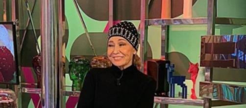 Mila Ximénez ha vuelto a los platós de Telecinco dispuesta a afrontar un nuevo tratamiento de su enfermedad (Instagram @milaximenezoficial)