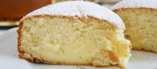 Torta con crema pasticcera, un dolce irresistibile e molto gustoso
