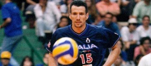 Michele Pasinato con la maglia della nazionale italiana.