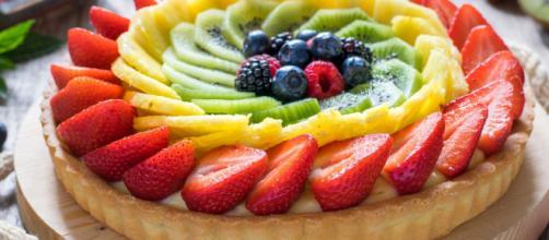 Crostata di frutta, un dolce colorato e gustoso