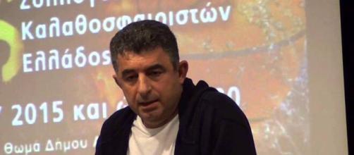 Grecia, il giornalista Giorgos Karaivaz ucciso in un agguato.