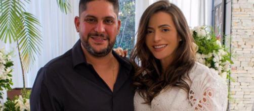 Jorge e Rachel se casaram em cerimônia intimista. (Foto: Arquivo Pessoal)