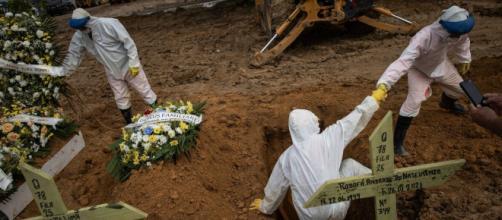 Brasil chega ao patamar mais alto de mortes provocadas no mês de abril de 2021 (Arquivo Blasting News)