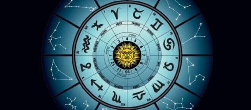 Predizioni oroscopo della giornata di giovedì 6 maggio 2021.