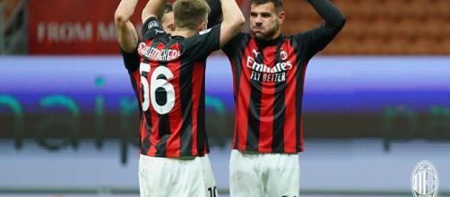 Theo Hernandez a segno contro il Benevento - foto di acmilan.com