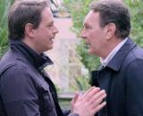 Un posto al sole, Filippo Sartori (Michelangelo Tommaso) e suo padre Roberto Ferri (Riccardo Polizzy Carbonelli) discutono.