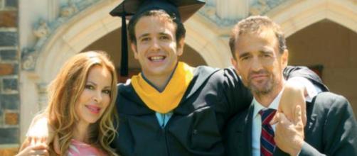 Ana Obregón y Alessandro Lequio en la graduación de Aless en la Universidad de Duke (@ana_obregon_oficial)