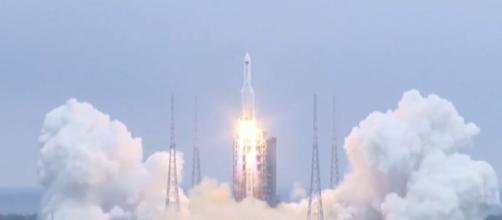 La mayor parte de la nave se desintegró al ingresar en la atmósfera terrestre. (Fuente: captura de pantalla de Telecinco).