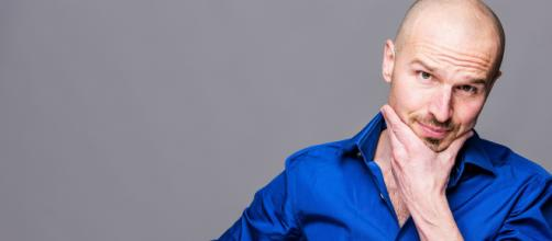 Intervista a Marco Montemagno: 'Giovani, datevi tempo. Competenze ha l'obiettivo di favorire la crescita personale'.