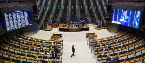 Câmara dos Deputados faz sessão de madrugada para aprovar medidas de licenciamento ambiental (Pablo Valadares/Câmara dos Deputados)