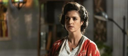 Una vita - Santiago minaccia Genoveva.