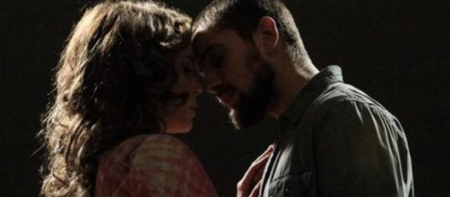 Vicente e Cristina em clima de romance em 'Império' (Reprodução/Rede Globo)